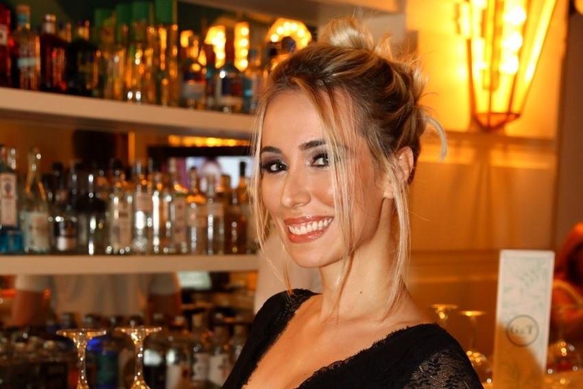 Natasha La Marca traz essência do canto lírico para seu primeiro single pop