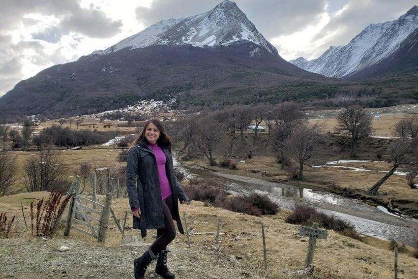 Apresentadora Andrea Bueno aproveita o frio da Patagônia