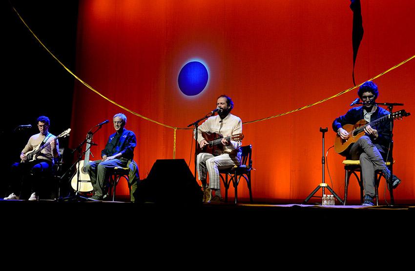 Caetano, Moreno, Zeca e Tom Veloso apresentam show Ofertório