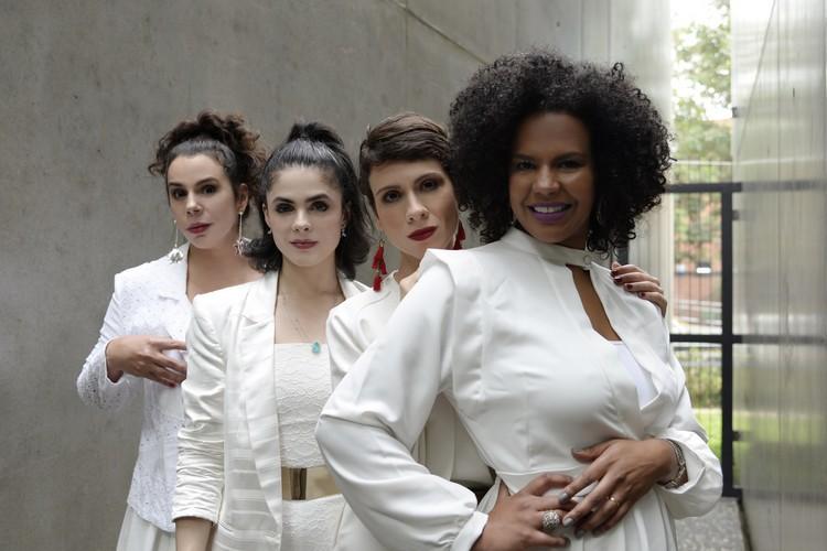 Grupo Cantrix apresentou repertório de Gilberto Gil no Paris 6 Burlesque