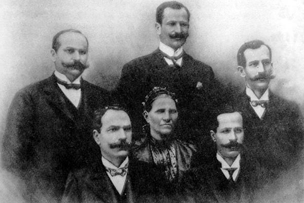Família Jafet mantém tradição e comemora 130 anos de imigração
