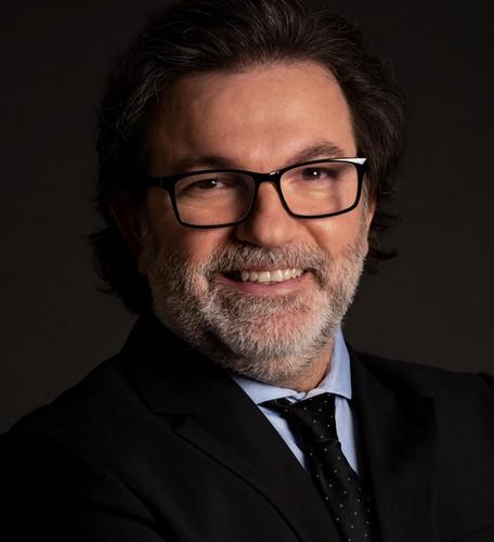 Beto Coville, ator e diretor brasileiro vence prêmio de cinema em Los Angeles