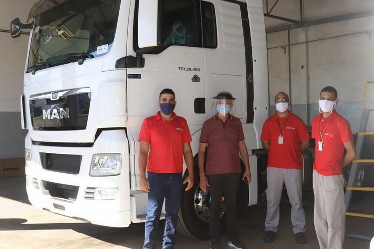 Cliente Rio de Janeiro Refrescos (Coca-Cola) recebendo mais um TGX 29.480 para a frota