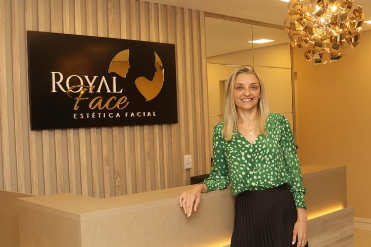 Clínica Royal Face Vitória especializada em harmonização facial