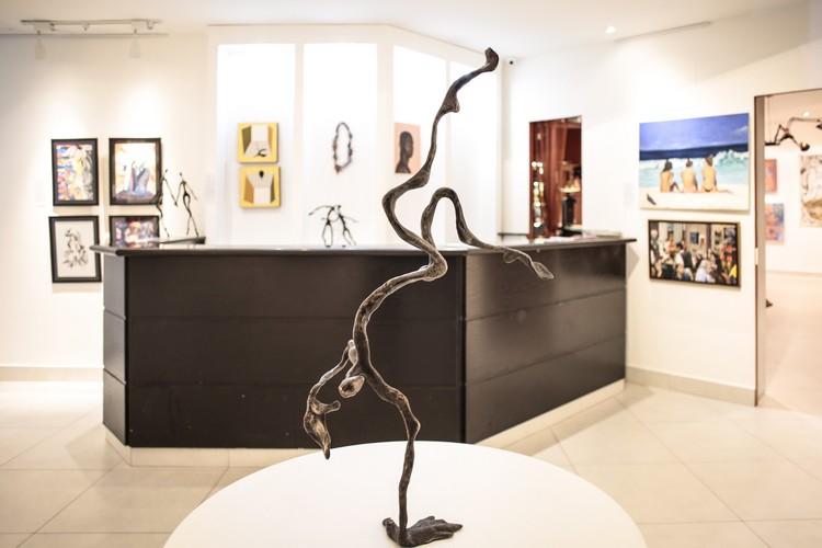 Exposição Bonde21 tem prestigiado vernissage na Saphira & Ventura Gallery