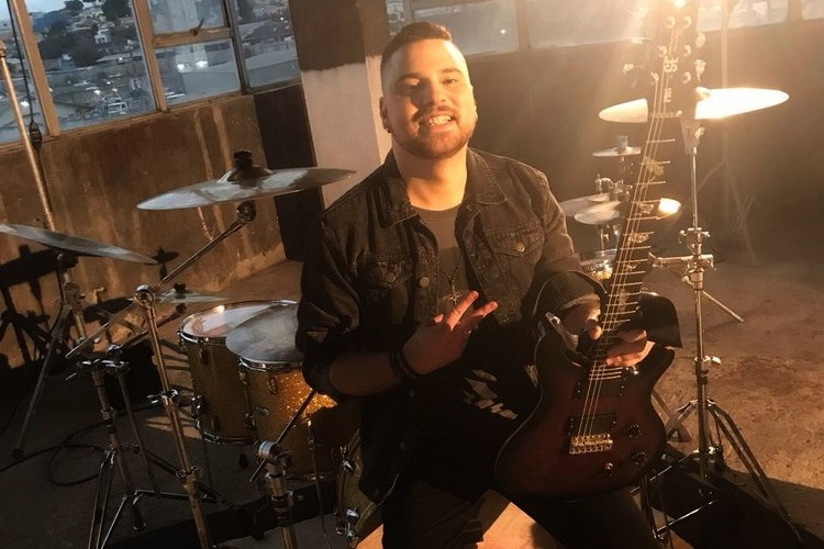 Felipe Leony - guitarra