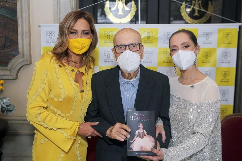 Ana Botafogo e Instituto Bees of Love lançam livro com venda revertida para ação social