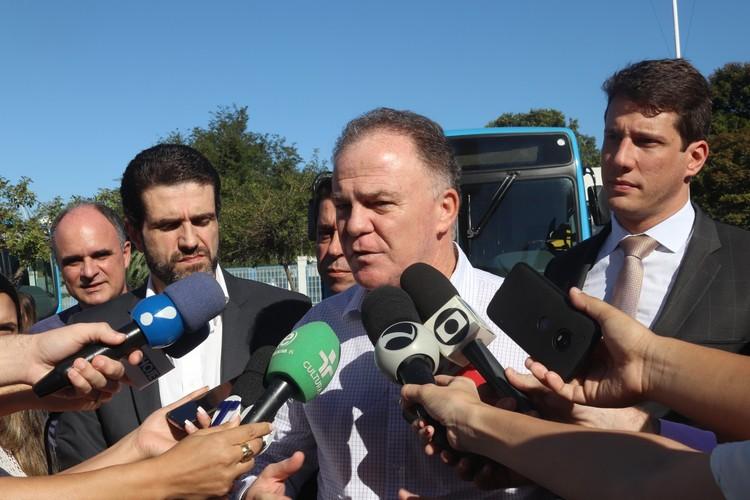 Governador Renato Casagrande em entrevista coletiva