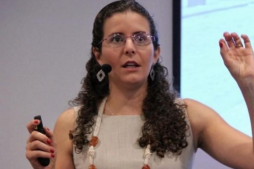 Heloísa Cruz, especialista em investimentos, desembarca em Vitória para formar novos investidores