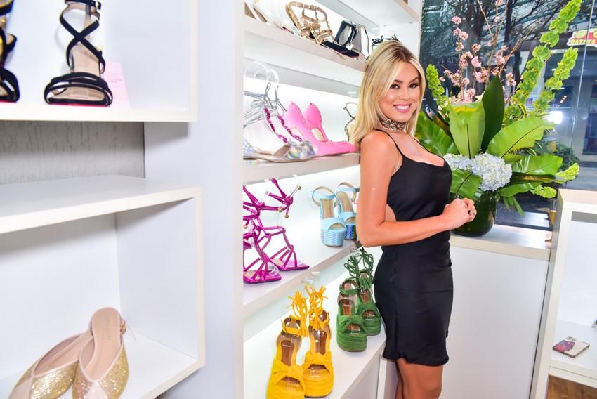 Isabella Cecchi lança coleção de sapatos em loja vazia e de maneira virtual