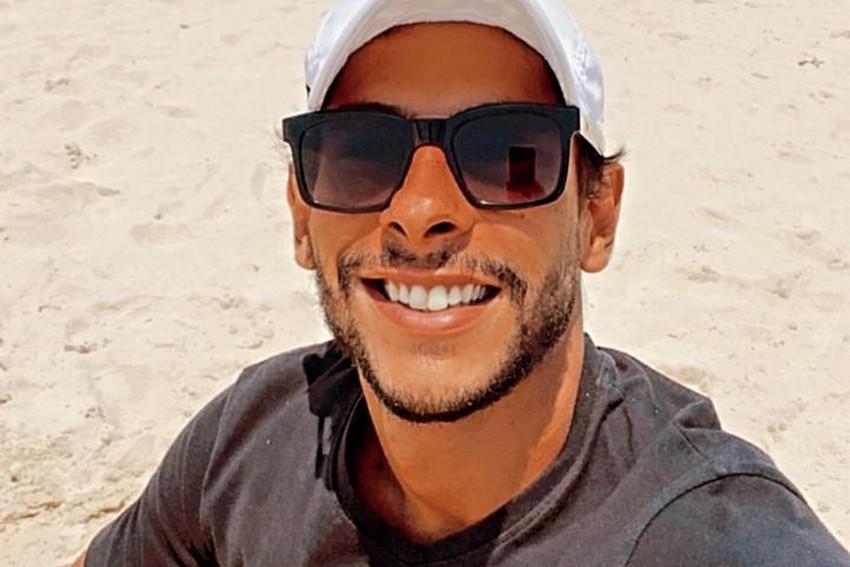 John Johny passa temporada em Cancún