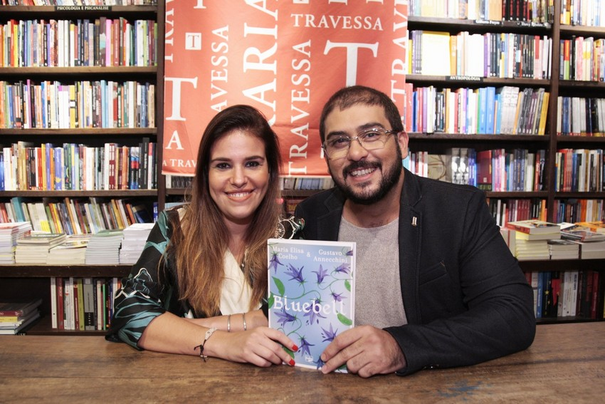 Livro Bluebell de Maria Elisa Coelho e Gustavo Annechini é lançado no Brasil