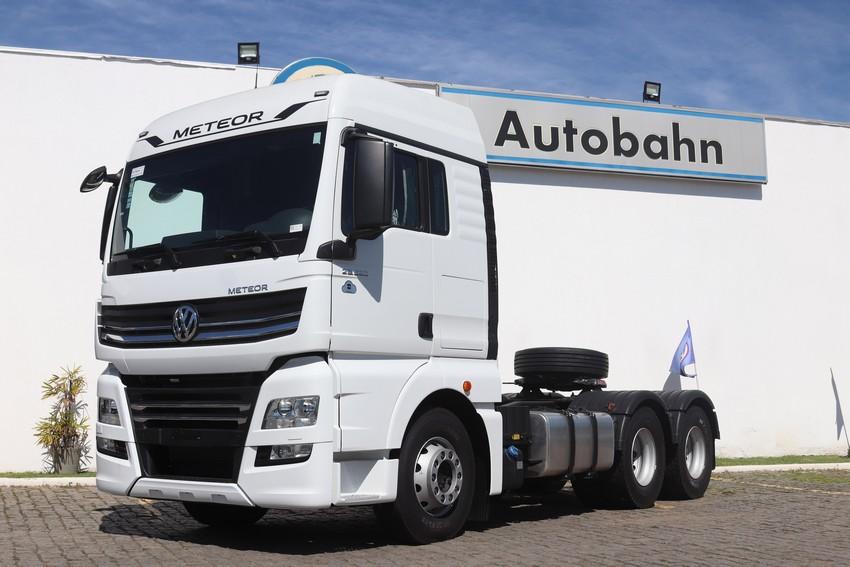 Meteor, maior Volkswagem do mundo, chegou na Autobahn Caminhões