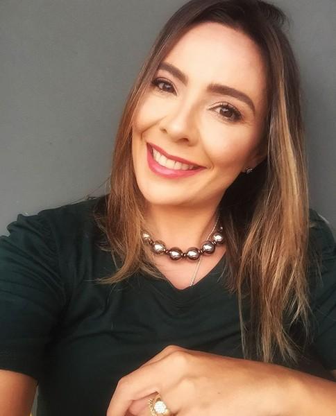 Um bate-papo com a escritora contemporânea Miriam Rezende Gonçalves