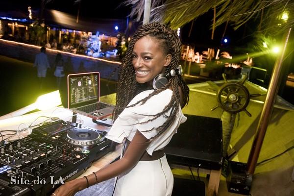 DJs internacionais agitam réveillon em Alagoas