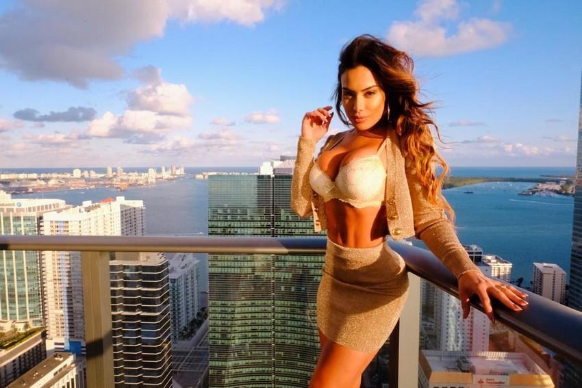 A brasileira Patrícia Jordane, Musa da Copa de 2014, vira empresária e é recorde de capas da Playboy mundial