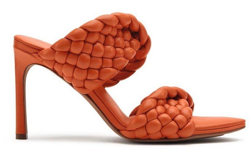 Sandálias Bottega Veneta em seu icônico tecido de couro