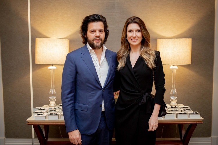 Thiago Pacheco e Constance Zahn