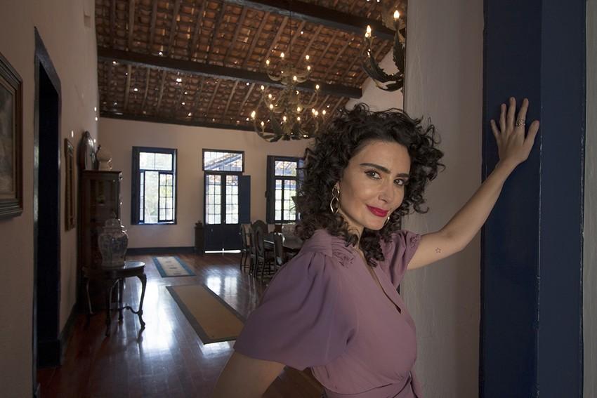 Atriz Cristiane Machado é a embaixadora do Calendário As 12 Mulheres