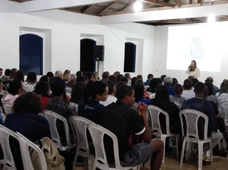 Apresentação do IFES com o coordenador do Curso de Turismo, Prof. Ms. Bruno Moura