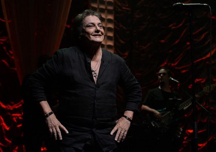 Fábio Jr., começa 2018 com tudo, estreando novo show no Tom Brasil