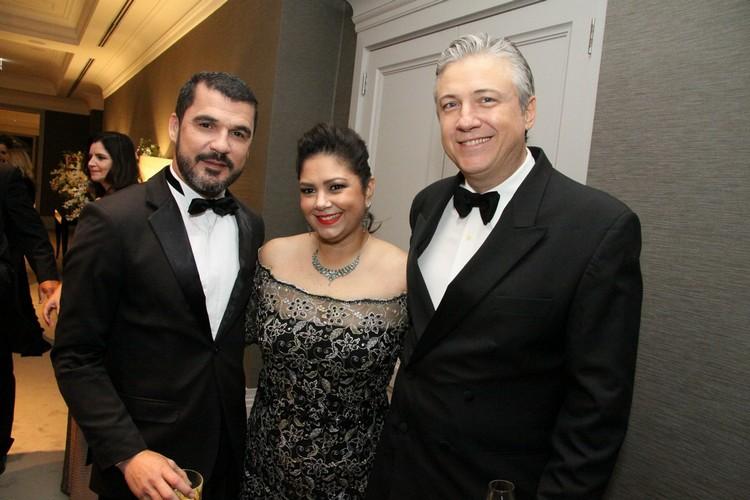 Everson Barcellos com Andrea Paola e Franco Bortoluzzi