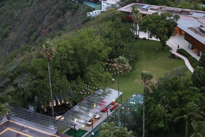 Vista aérea da casa de Angélica e Luciano