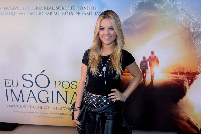 Julia Gomes e outros famosos na pré-estreia de Eu Só Posso Imaginar