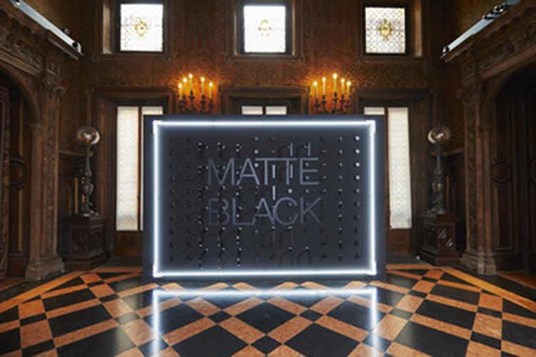 Kohler comemora o modernismo Maximin na Semana do Design de Milão